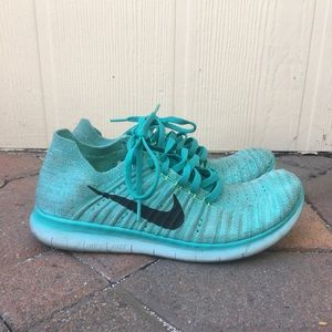 Nike Womens Free RN Flyknit Running Trainers Shoes